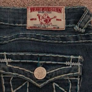 b05f689fbe Women True Religion Jeans White Stitching on Poshmark